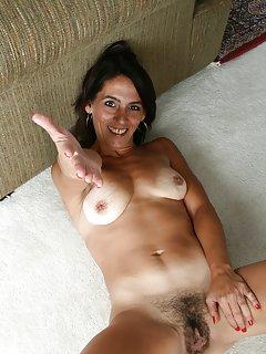 Hot Amateur Milf Porn